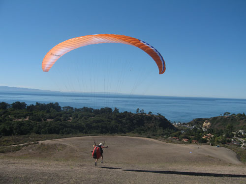 paraglider-mountain